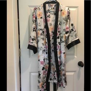 Silky floral robe